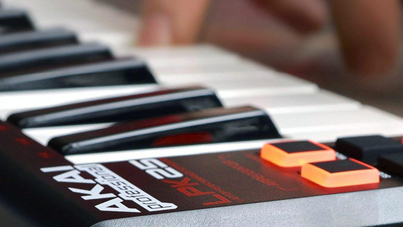 Raccorder le clavier midi à GarageBand
